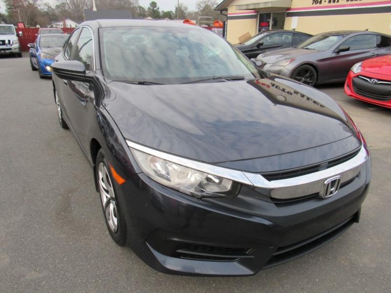Honda Civic Sedan 2018 price $14,295