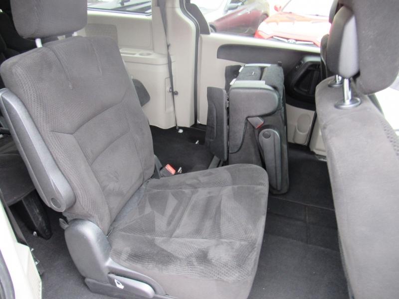 Dodge Grand Caravan 2016 price $7,995