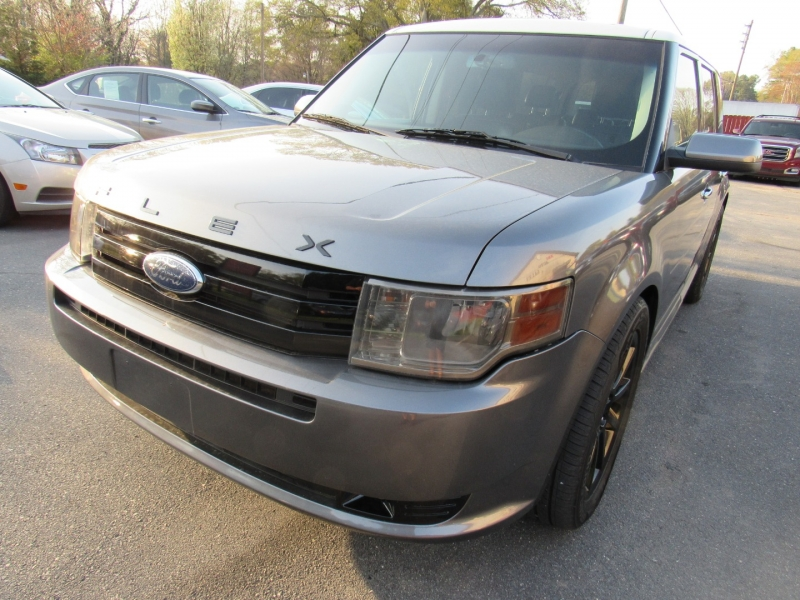 Ford Flex 2010 price $5,995