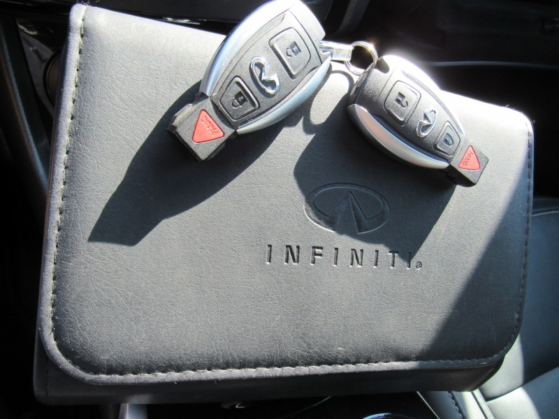 Infiniti QX30 2017 price $19,995