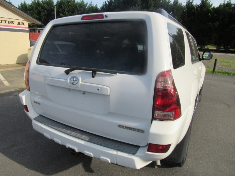 Toyota 4Runner 2005 price $7,995