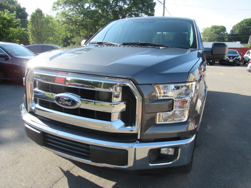 Ford F-150 2017 price $20,995