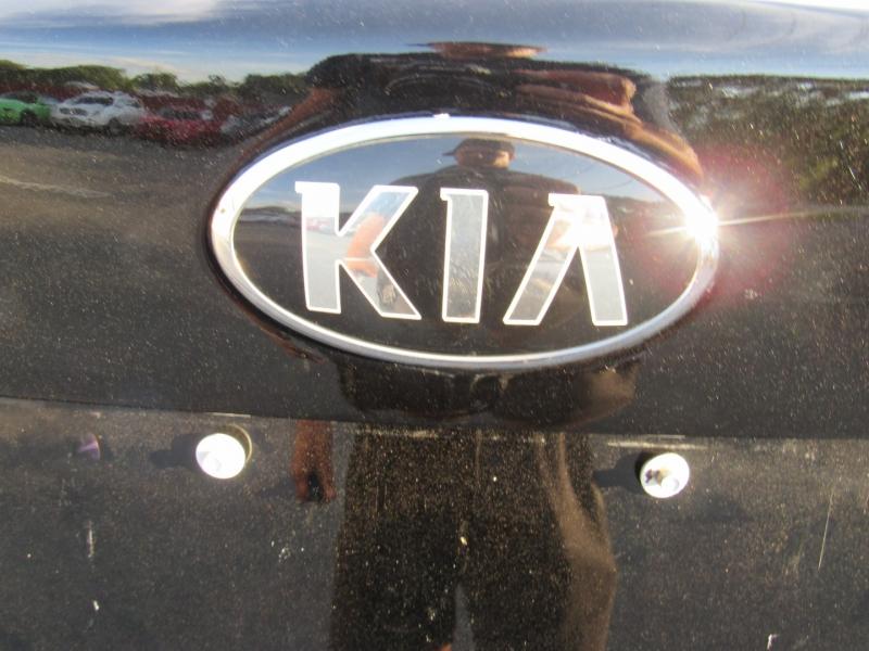 Kia Optima 2018 price $14,295