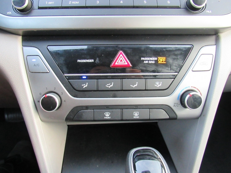Hyundai Elantra 2017 price $10,295