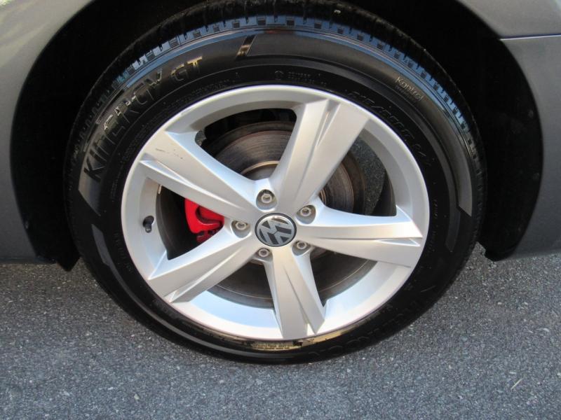 Volkswagen Passat 2015 price $10,795