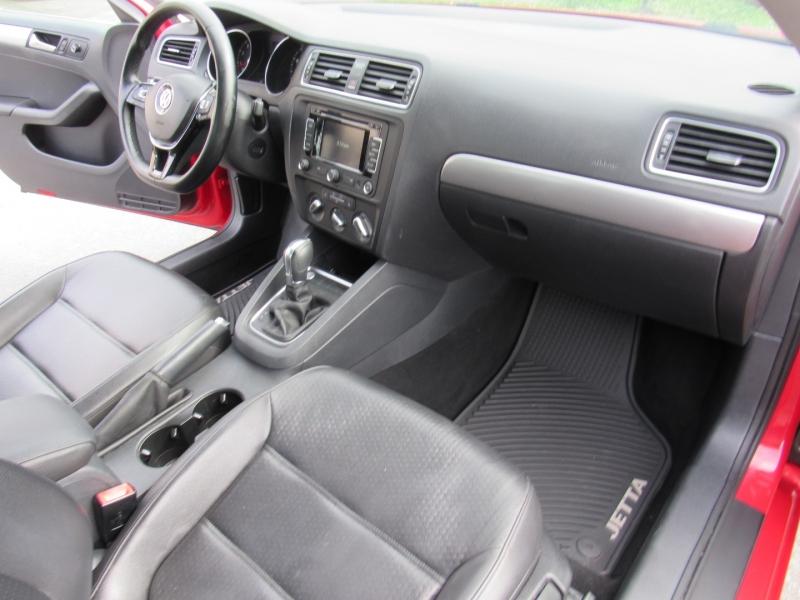 Volkswagen Jetta Sedan 2015 price $10,495