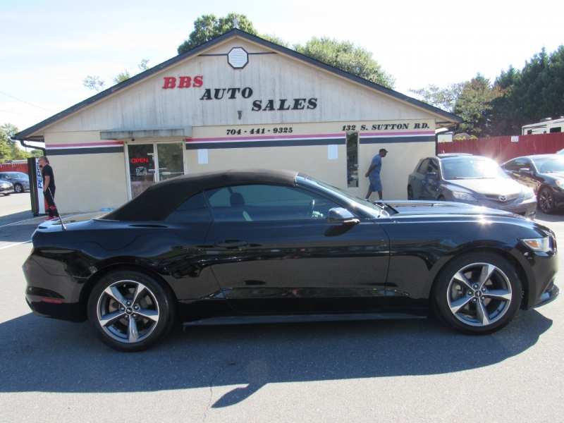 Ford Mustang 2015 price $15,495