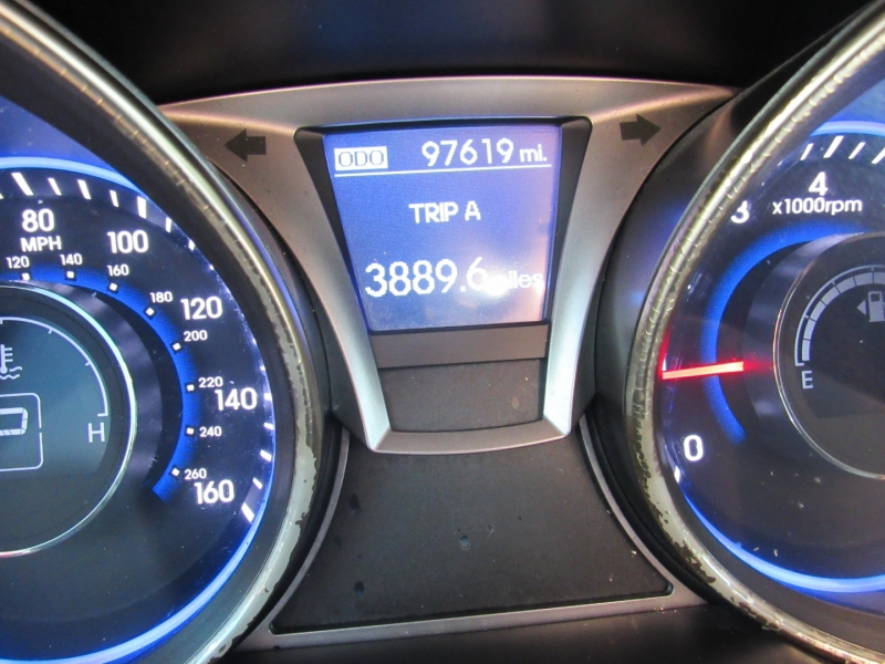 Hyundai Genesis Coupe 2013 price $11,995