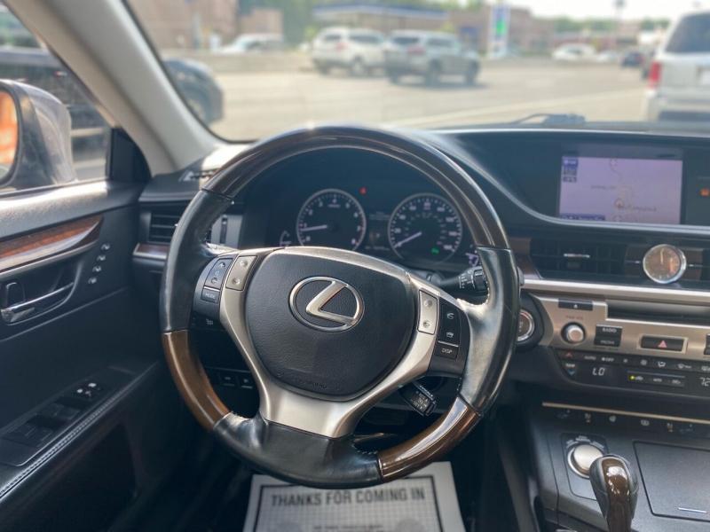 Lexus ES 350 2014 price $13,995