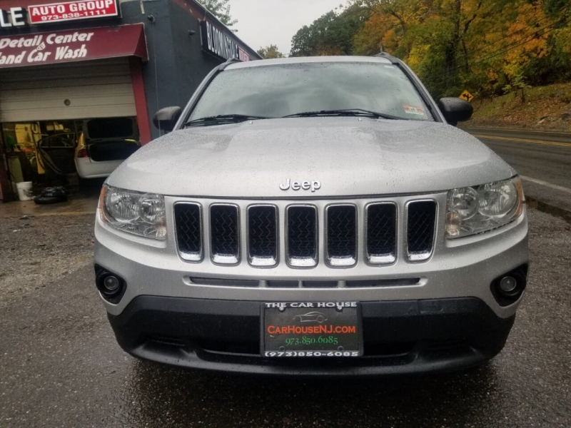 Jeep Compass 2011 price $5,995