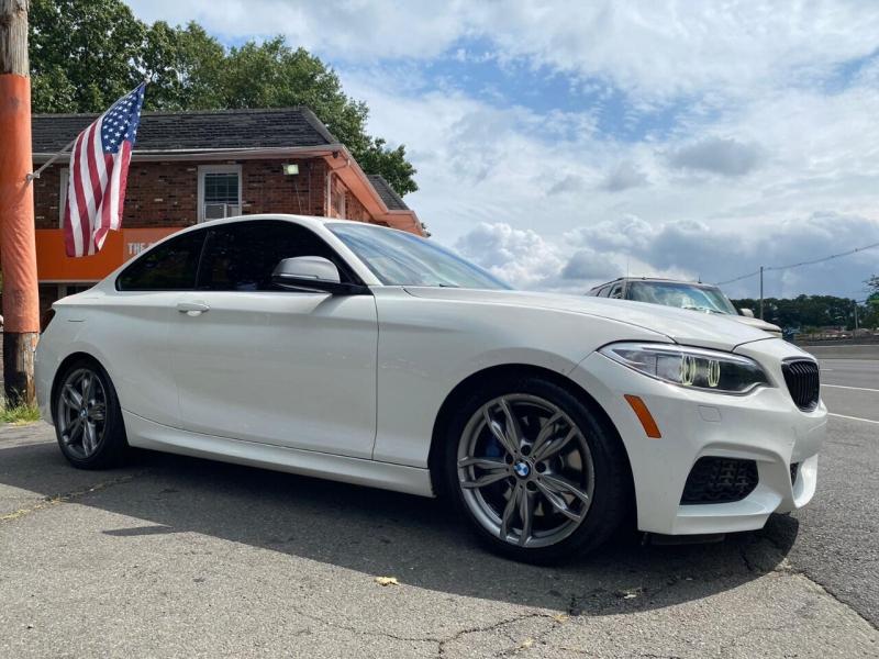 BMW 2 Series 2015 price $16,995
