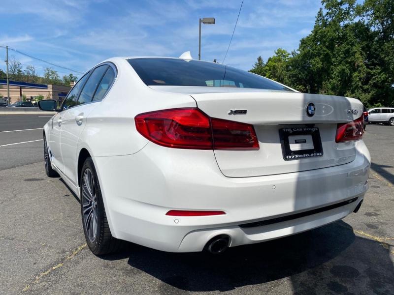 BMW 5 Series 2020 price $39,995