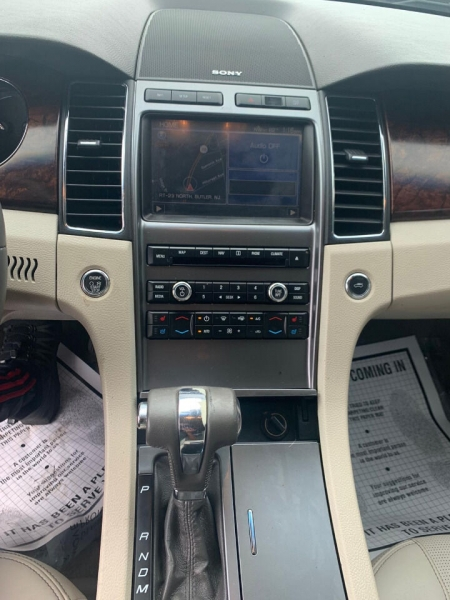 Ford Taurus 2011 price $9,995