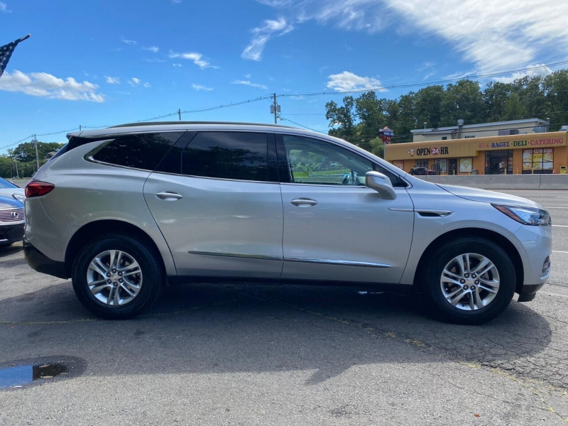 Buick Enclave 2020 price $33,995