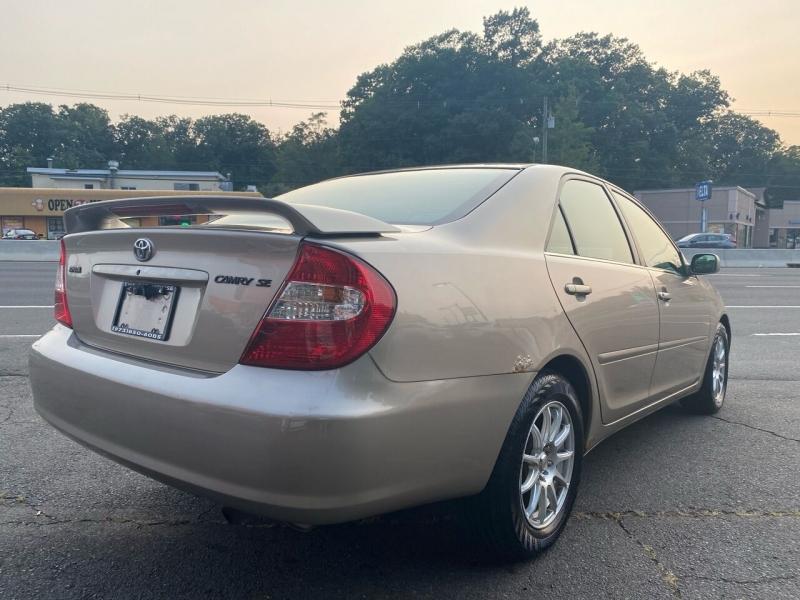 Toyota Camry 2002 price $2,995