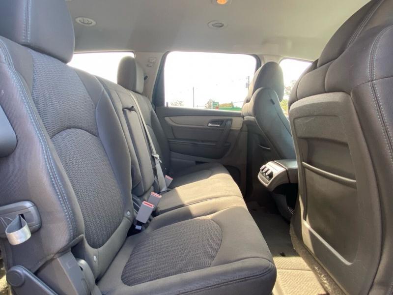 Chevrolet Traverse 2017 price $14,995