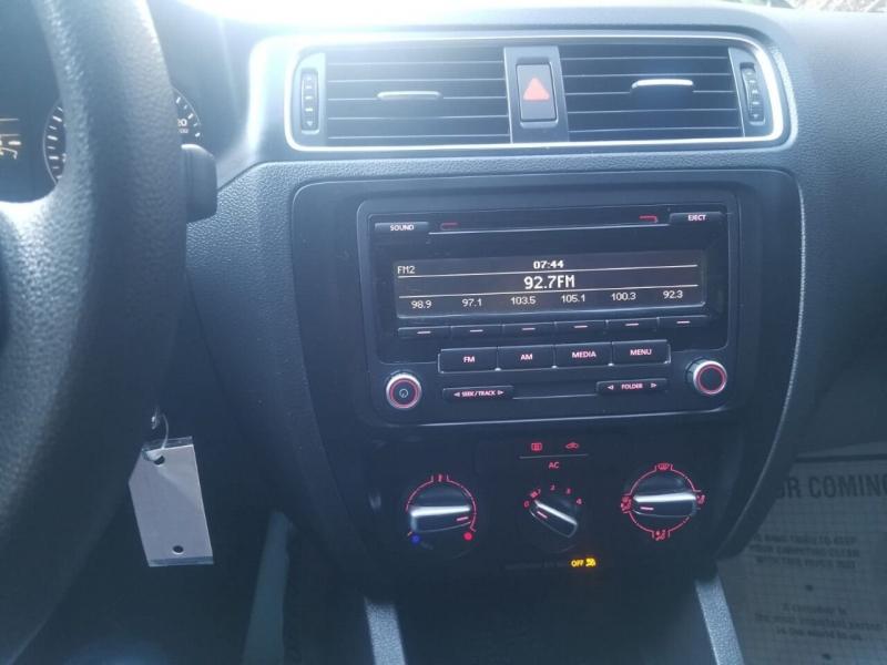 Volkswagen Jetta 2012 price $4,995