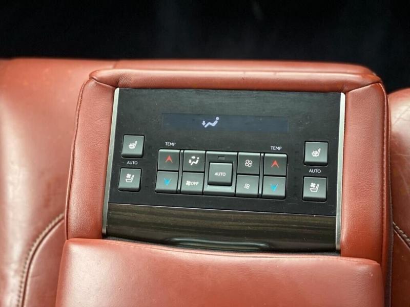 Lexus LX 570 2017 price $64,995