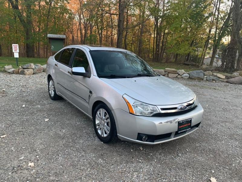 Ford Focus 2009 price $2,995