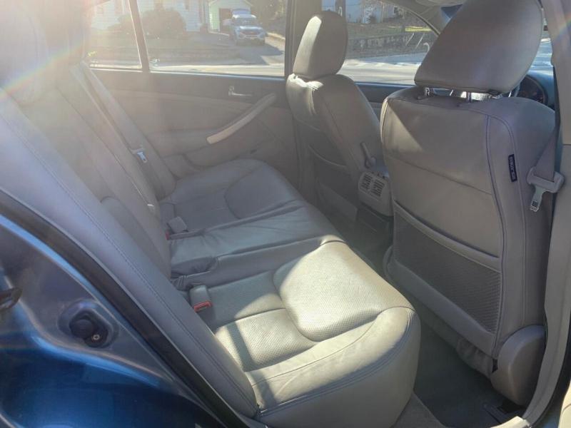 Infiniti G35 2005 price $2,995