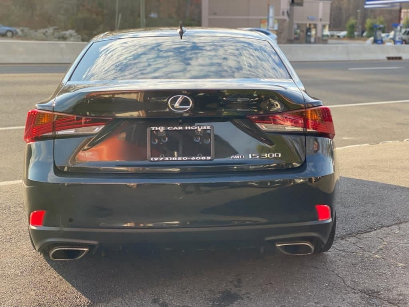 Lexus IS 300 2017 price $24,995