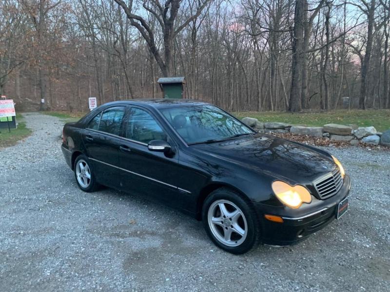 Mercedes-Benz C-Class 2003 price $1,995