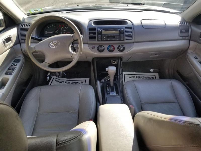 Toyota Camry 2003 price $2,495