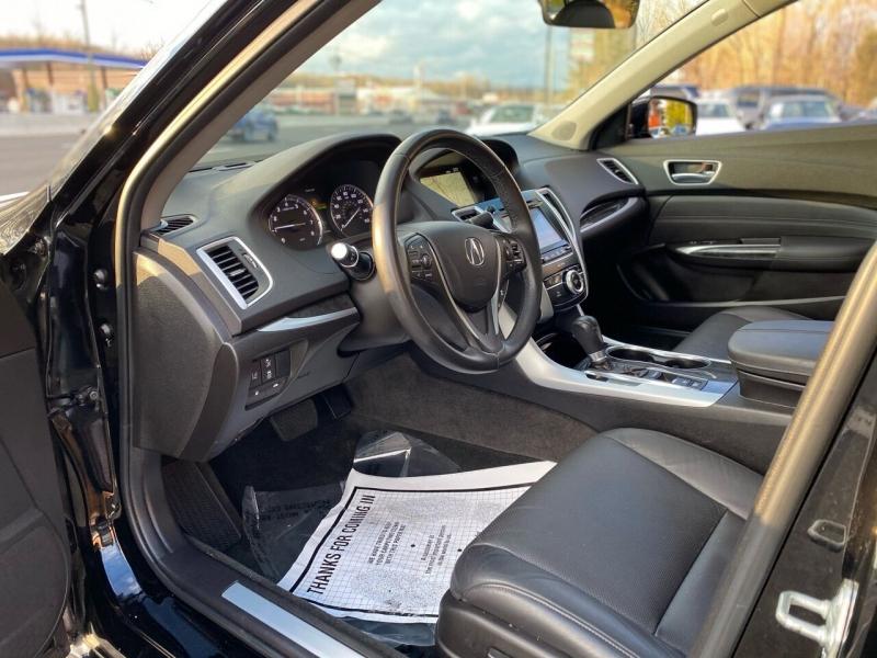 Acura TLX 2018 price $22,995