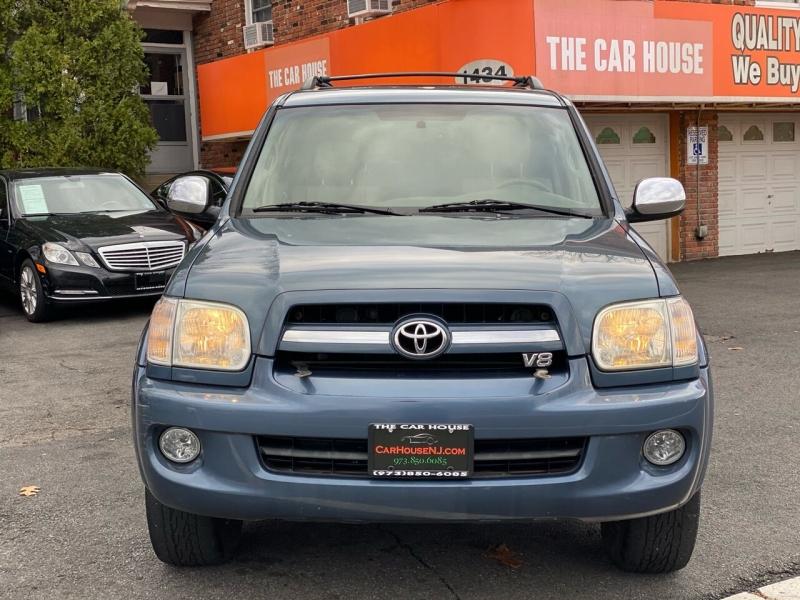 Toyota Sequoia 2007 price $12,995
