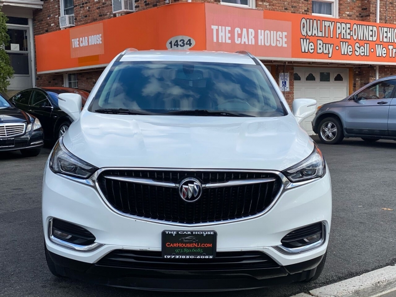 Buick Enclave 2019 price $28,995