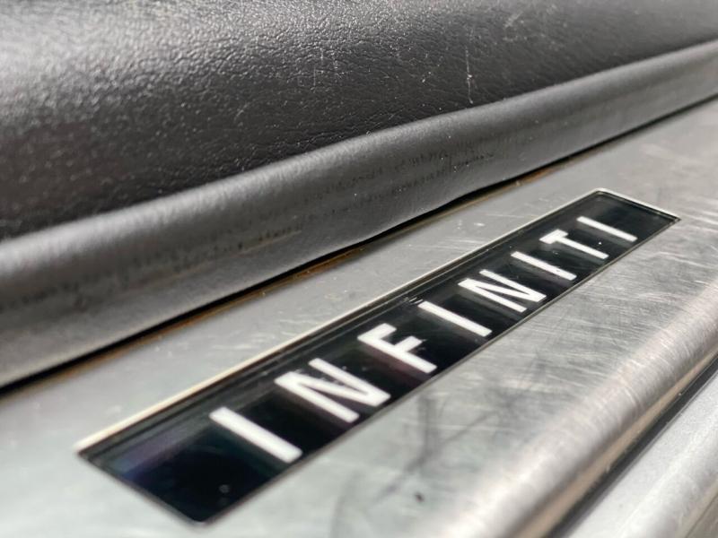 Infiniti QX56 2012 price $16,995