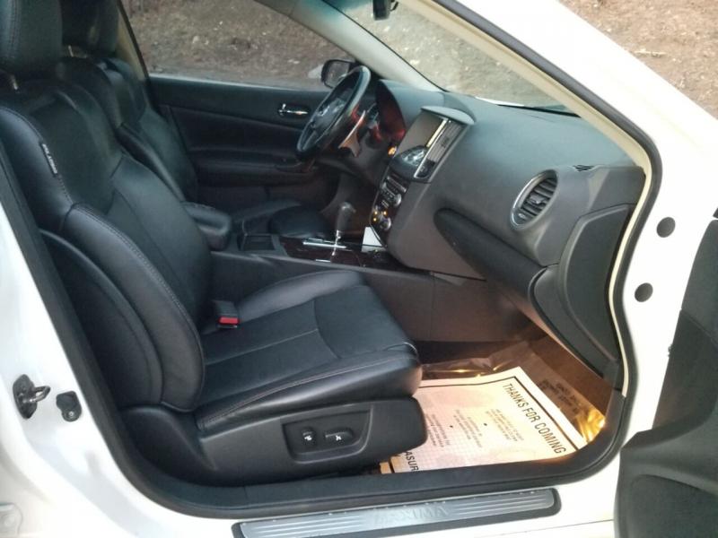 Nissan Maxima 2010 price $4,995
