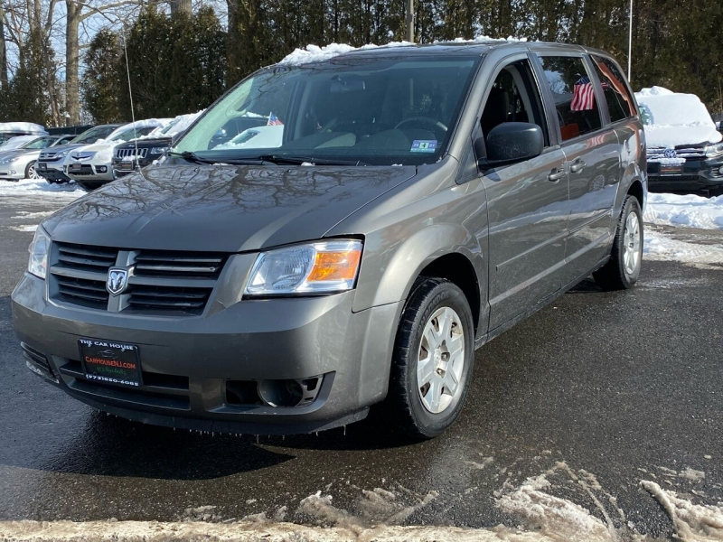 Dodge Grand Caravan 2010 price $3,495