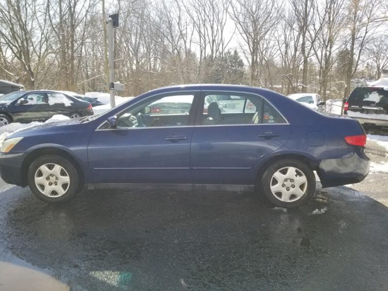 Honda Accord 2005 price $2,495