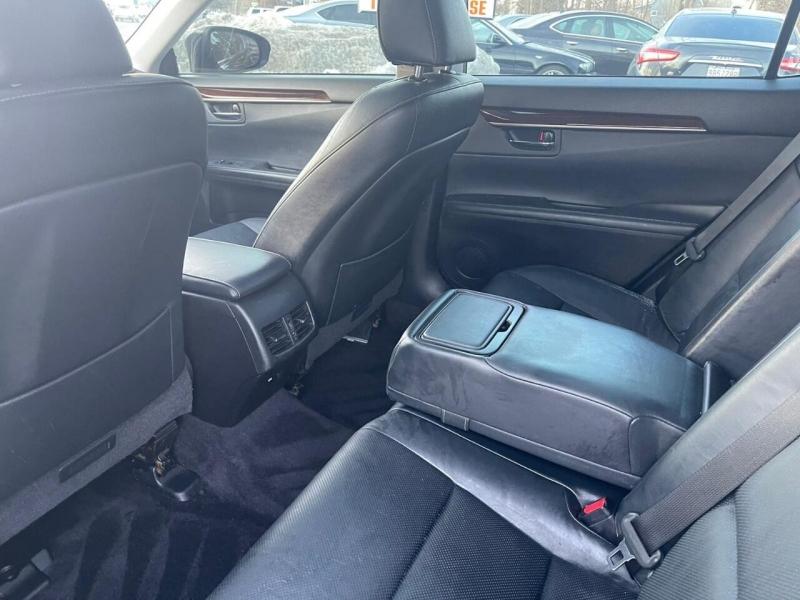 Lexus ES 350 2013 price $9,995