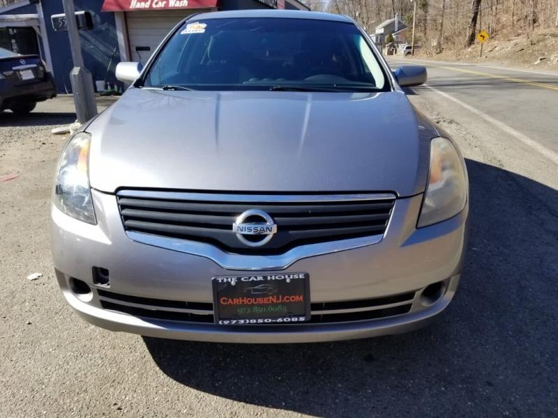 Nissan Altima 2007 price $2,995