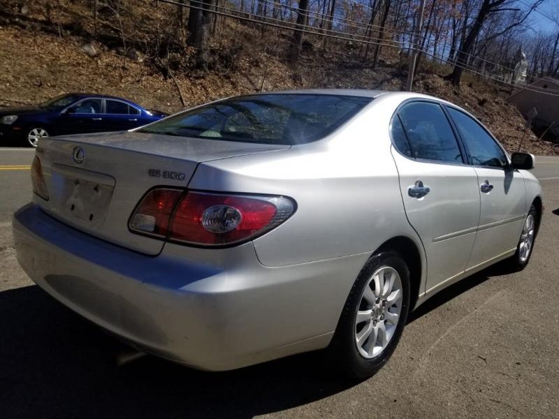 Lexus ES 300 2003 price $3,995