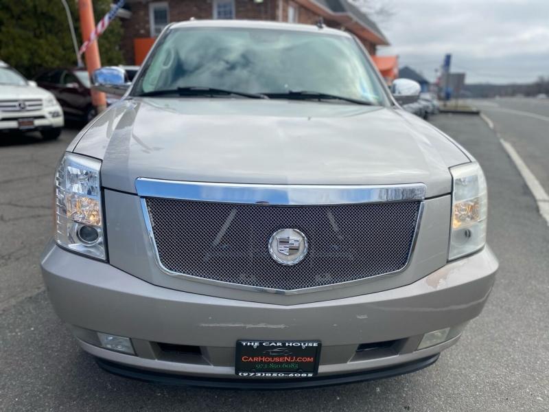 Cadillac Escalade 2007 price $11,995