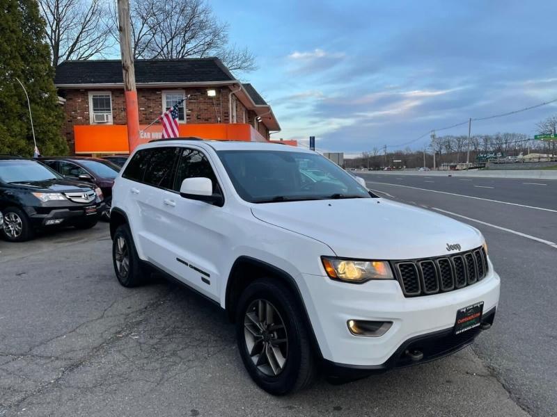 Jeep Grand Cherokee 2017 price $18,995
