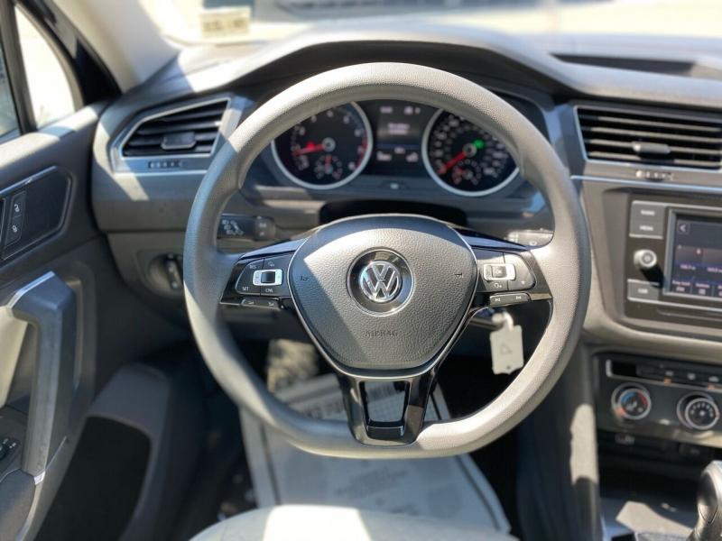 Volkswagen Tiguan 2018 price $19,995