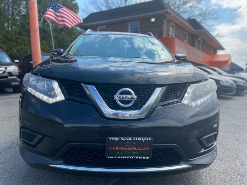 Nissan Rogue 2015 price $9,995