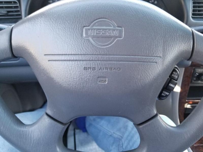 Nissan Altima 2001 price $1,995