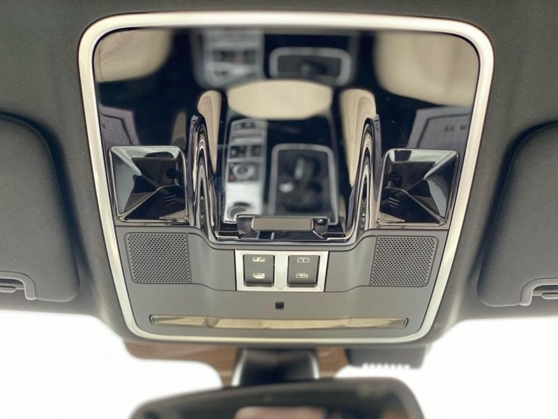 Land Rover Range Rover 2013 price $37,995