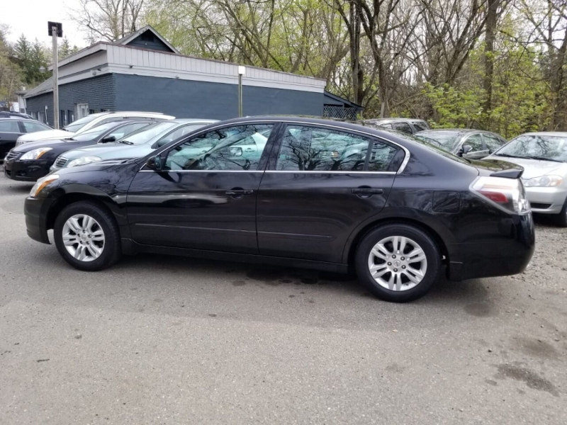 Nissan Altima 2011 price $4,495