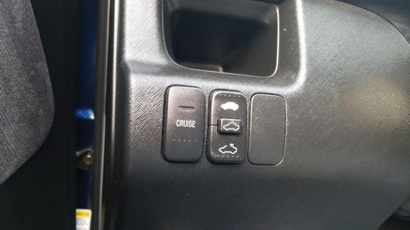 Honda CR-V 2002 price $2,495