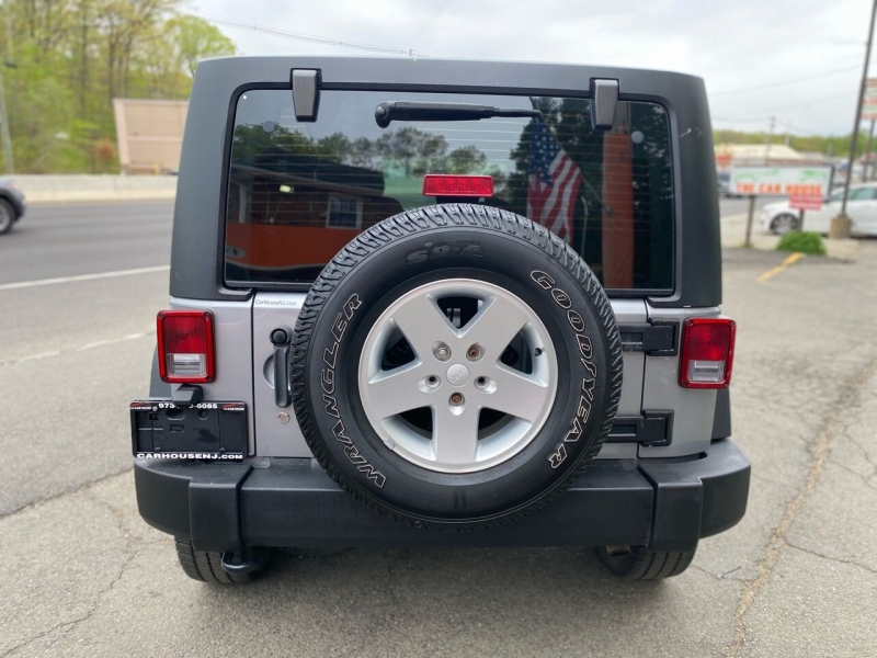 Jeep Wrangler Unlimited 2013 price $17,995