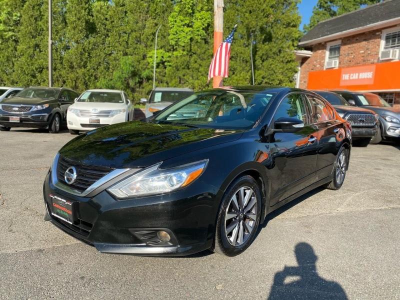 Nissan Altima 2016 price $12,995