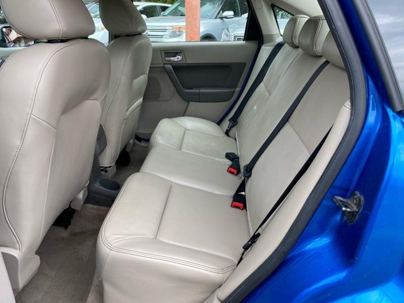 Ford Focus 2010 price $3,995