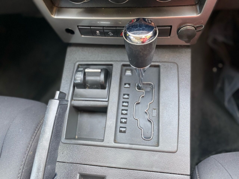 Jeep Liberty 2011 price $5,995
