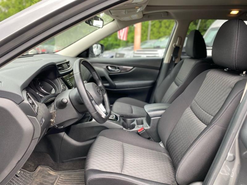 Nissan Rogue 2018 price $21,995
